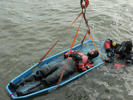 Rescue Basket Stretcher D90 rescue water victims drownings 02