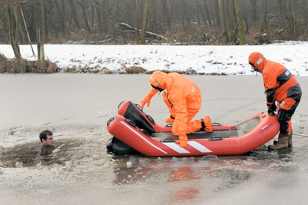 liferaft Rescue TIP-BOARD liferaft water and ice rescues surface rescue drowning saving