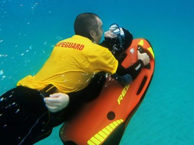 Lifeguard rescue SEABOB RESCUE under water action rescue